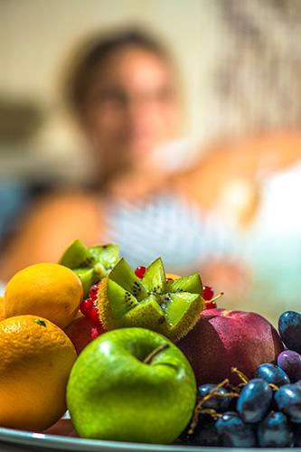 Hotel Castellum**** Hollókő - Gyümölcs bekészítés